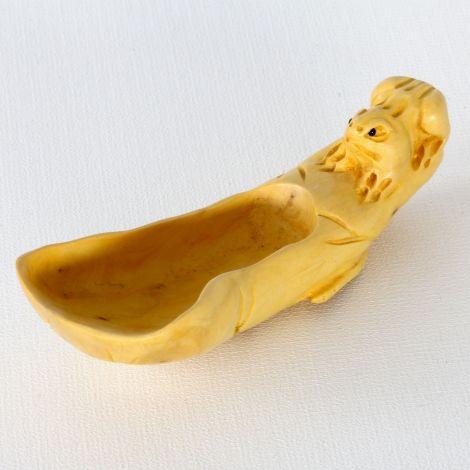 Teelöffel auf Holz